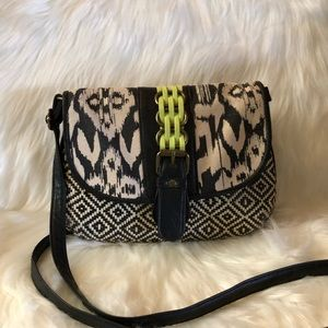 Mossimo Black Patterned Crossbody bag.